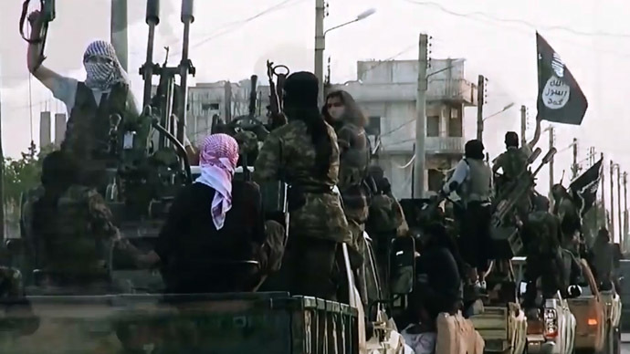 ISIS crucify eight anti-Assad fighters in Syria – watchdog