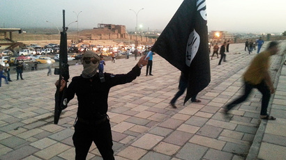​Boys of war: ISIS recruit, kidnap children as young as 10 yo