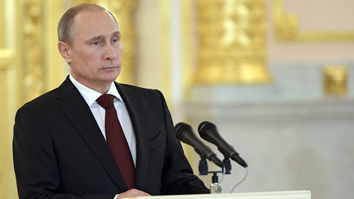 Putin allows Russian banks to share tax data with US