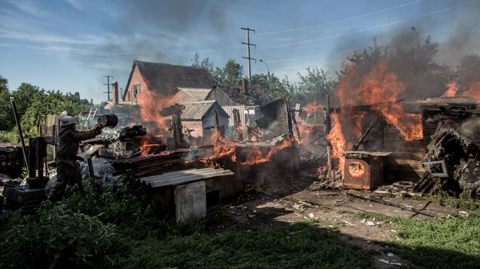 The aftermath of an artillery shelling of Slavyansk by the Ukrainian military.(RIA Novosti / Andrey Stenin)
