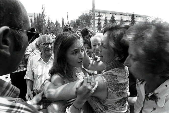 An Israeli family reunion at Ben-Gurion Airport after the Israeli raid on a hijacked Air France plane that had been flown to Entebbe, Uganda in 1976. (Reuters)