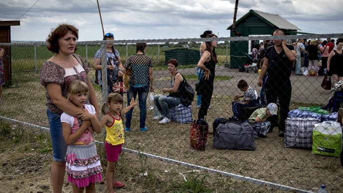 HRW: Kiev did not provide adequate protection and help to internal refugees