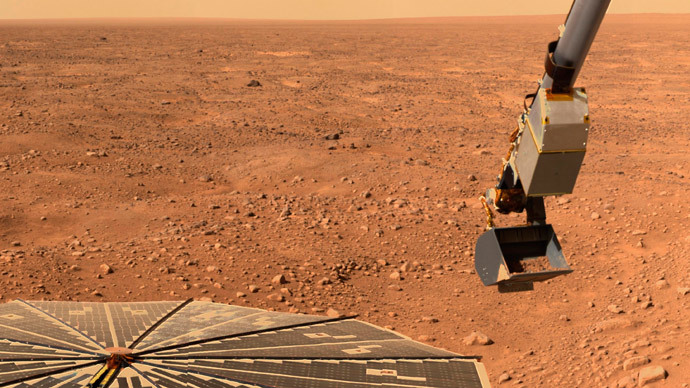 'Swimming pool for bacteria': There could be life on Mars today - new study
