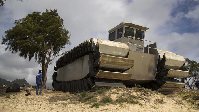 Marine Corps tests massive new amphibious assault vehicle