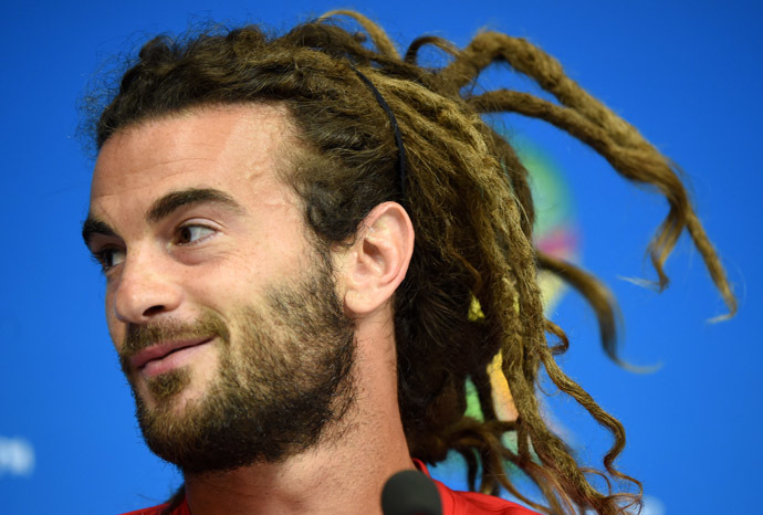 US midfielder Kyle Beckerman answers journalists during a press conference in the Pernambuco Arena in Recife on June 25, 2014 on the eve of the Group G football match betweenUSA and Germany in the 2014 FIFA World Cup. (AFP Photo/Patrik Stollarz)