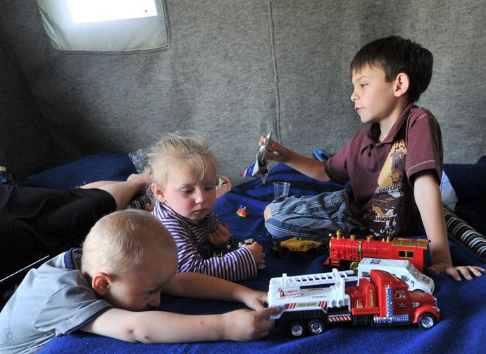 Children from southeastern Ukraine at a refugee camp in Donetsk, Rostov Region. (RIA Novosti/Sergey Pivovarov)