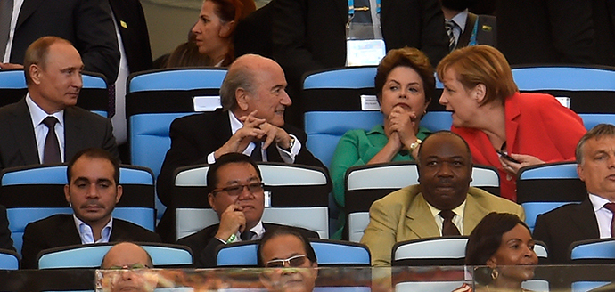 (Top L-R) Russian President Vladimir Putin, FIFA President Joseph Blatter, Brazilian President Dilma Rousseff and German Chancellor Angela Merkel attend the closing cermony prior to the 2014 FIFA World Cup final football match between Germany and Argentina at the Maracana Stadium in Rio de Janeiro, Brazil on July 13, 2014. (AFP Photo / Odd Andersen)