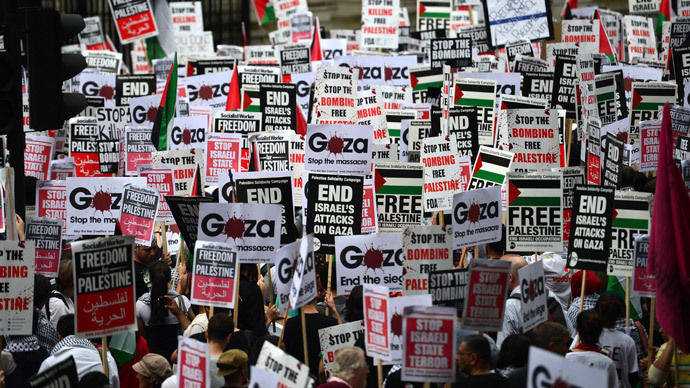15,000 turn out for pro-Gaza rally in London (PHOTOS)
