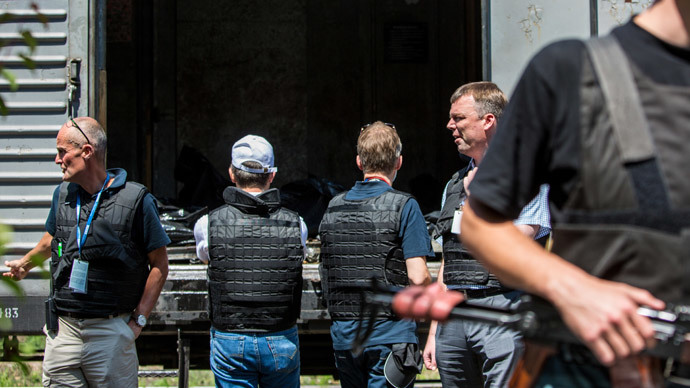 OSCE observers and experts from the Netherlands in the Donetsk People's Republic. (RIA Novosti / Andrey Stenin)
