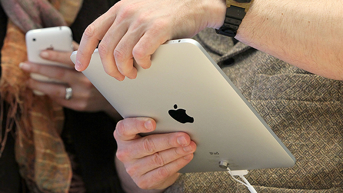 600 million Apple devices contain secret backdoors, researcher claims