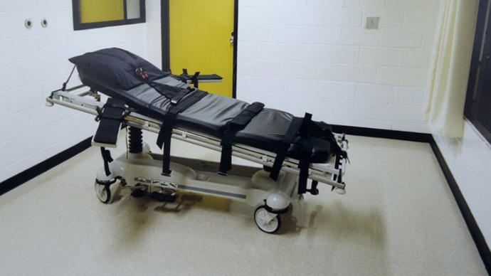 'Bring back firing squads': Federal judge says executions should be executions