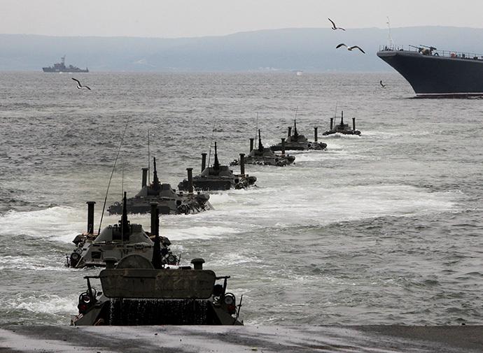 Amphibious assault operation of the Pacific Fleet during a rehearsal for Russian Navy Day celebrations at the Pacific Fleet's water-sports station on Amur Bay in Vladivostok. (RIA Novosti / Vitaliy Ankov)