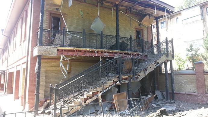 Kiev shells Ukraine Orthodox Church compound in Gorlovka