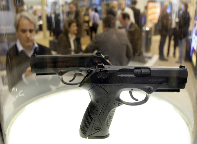 Two Beretta guns are displayed during the International Guns Exhibition 'IWA & OutdoorClassics' in Nuremberg March 13, 2009. (Reuters/Michaela Rehle)