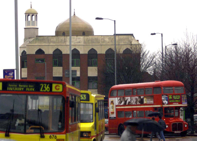 North London's Finsbury Park Mosque has received a formal letter from HSBC stating its account with the bank will be closed in September. (Reuters/Russell Boyce)