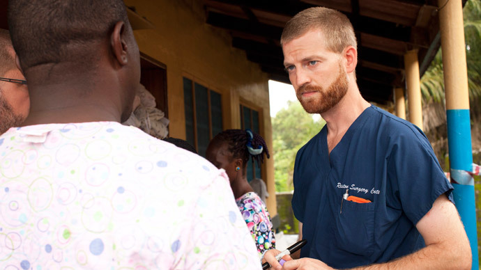 Ebola-infected US aid worker arrives in 'special isolation unit' in Atlanta
