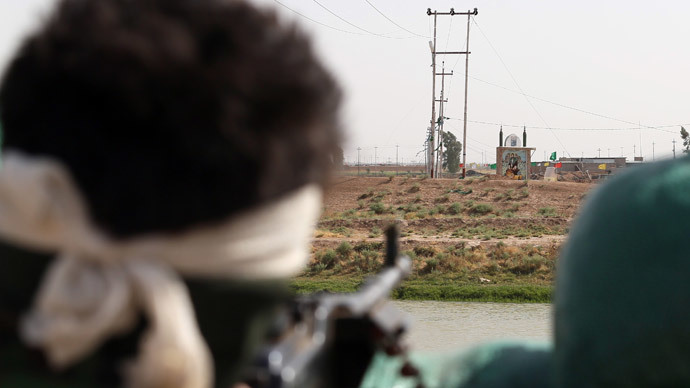 Islamic State jihadists seize Iraq's largest dam, 3 towns in offensive vs Kurds