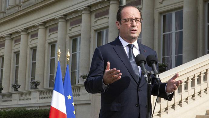 France's Hollande urges action on 'massacres' in Gaza