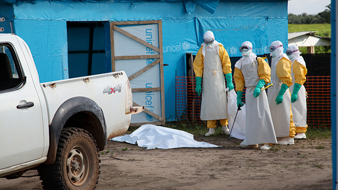Man tested for Ebola in NYC, 50 US experts head to West Africa to contain outbreak