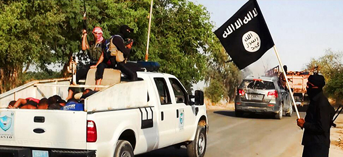 An image uploaded on June 14, 2014 on the jihadist website Welayat Salahuddin allegedly shows militants of the Islamic State of Iraq and the Levant (ISIS) (AFP Photo)