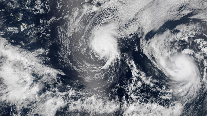 Hawaii prepares for first direct hit from hurricane in 22 years as second storm looms