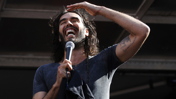 Russell Brand mocks Bill O'Reilly for proposing Berlin Wall against immigrants (VIDEO)