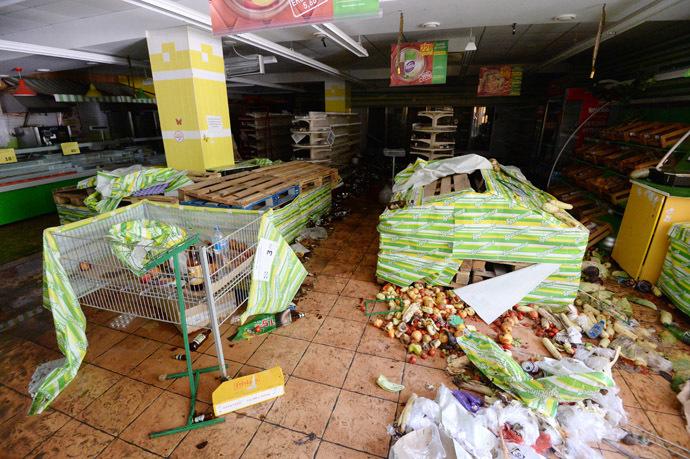 Grocery store in Shakhtersk (RIA Novosti/Mikhail Voskresenskiy)