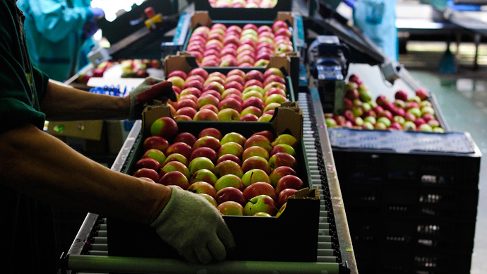 Poland asks US to buy apples banned by Russia