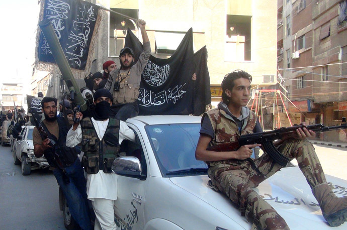 Islamic fighters from the al-Qaida group in the Levant, Al-Nusra Front (AFP Photo)