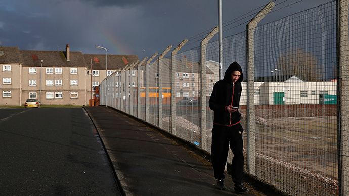 UK unemployment falls, but youth still feeling pinch