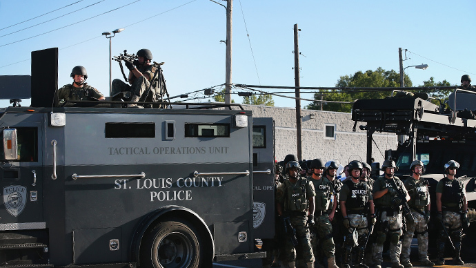 Pentagon supplied St. Louis County police with military-grade weapons (PHOTOS, VIDEOS)
