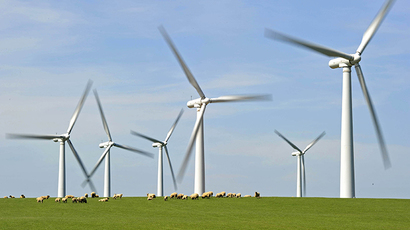 UK wind farms outshine nuclear power output