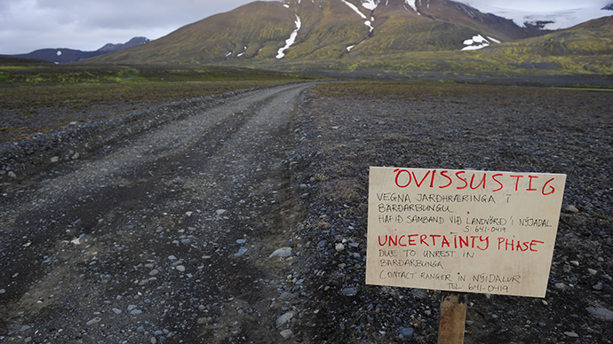 Iceland evacuates area near volcano amid eruption fears