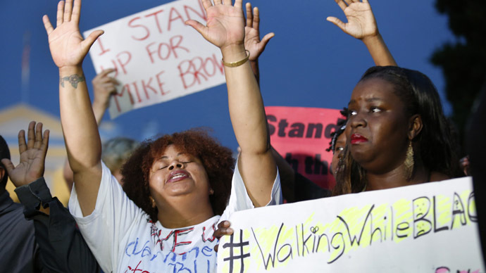 Crowdfunding campaign for officer who shot Michael Brown spurs controversy