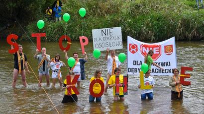 Polish miners blockade Russian coal at border
