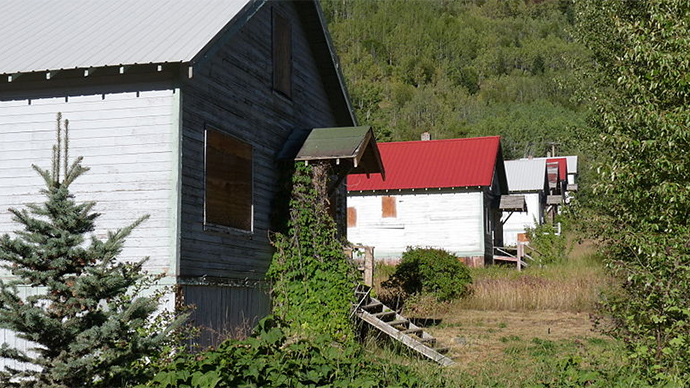 Whole Canadian ghost town for sale…for less than $1 million