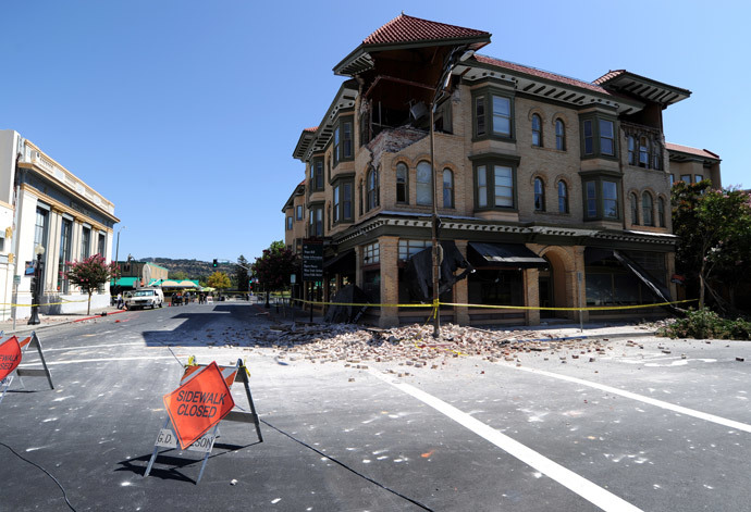 A damaged nuilding is seen in Napa, California after earthquake struck the area in the early hours of August 24, 2014. (AFP Photo / Josh Edelson )