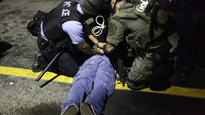 Police arrest Ferguson protesters blocking major highway (PHOTOS)