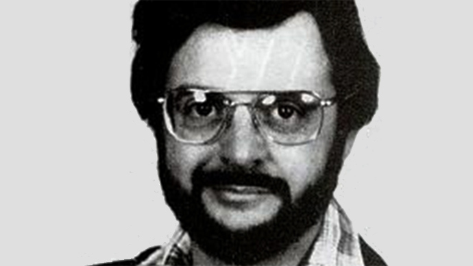 Soviet spy ring mastermind John Walker dies in prison