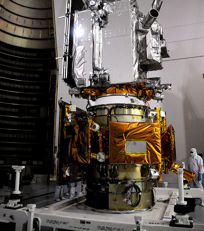 The Lunar Reconnaissance Orbiter or LRO (Top) and the Lunar Crator Observation and Sensing Satellite or LCROSS (Lower) on May 15, 2009 waiting encapsulation at Astrotech facility in Titusville, Florida near Kennedy Space Center. (AFP Photo/Bruce Weaver)