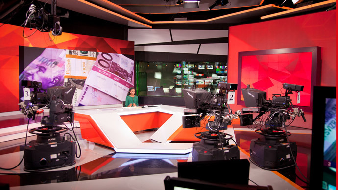 RT broadcasts 24/7 in English, Arabic and Spanish from its global studios in Moscow and Washington, DC, to 700 million viewers worldwide.
