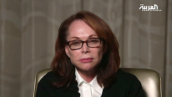 An image grab taken on August 27, 2014 off the pan-Arab al-Arabiya satellite television shows Shirley Sotloff, the mother of US hostage Steven Sotloff, who has been threatened with death by jihadist militants, pleading for her son's life amid mounting fears for Americans captured in Syria. (AFP Photo)