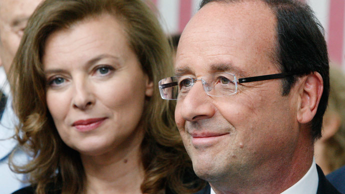 Valerie Trierweiler and Francois Hollande.(Reuters / Philippe Laurenson)