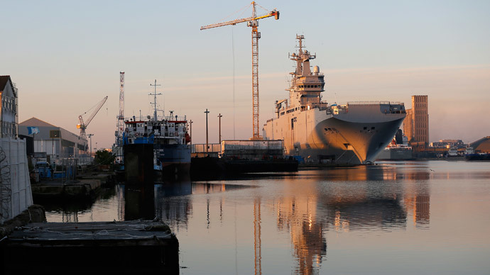 France kowtows to US by suspending Mistral delivery – Le Pen