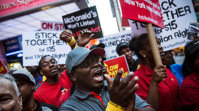 Nearly 500 arrested as fast-food workers go on strike across the US (VIDEO, PHOTOS)