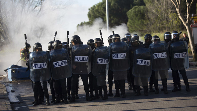 Debt-ridden Spain to spend €1mn on riot gear