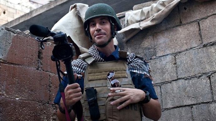 This hand out picture courtesy of Nicole Tung taken on November 5, 2012 in Aleppo shows US freelance reporter James Foley. (AFP Photo)