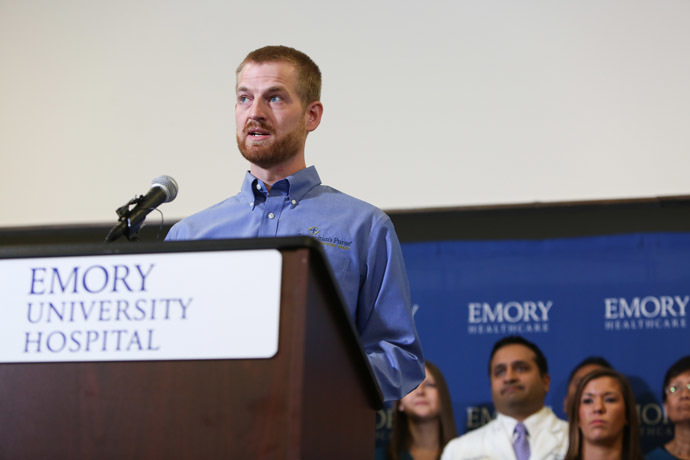 Dr. Kent Brantly speaks during a press conference announcing his release from Emory Hospital on August 21, 2014 in Atlanta. (AFP Photo/Jessica McGowan)