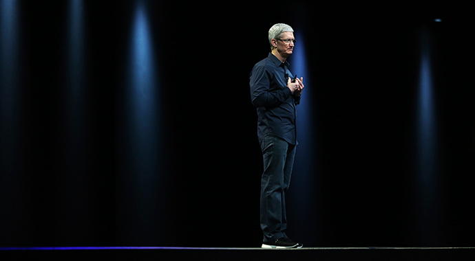 Apple CEO Tim Cook (Reuters / Robert Galbraith)