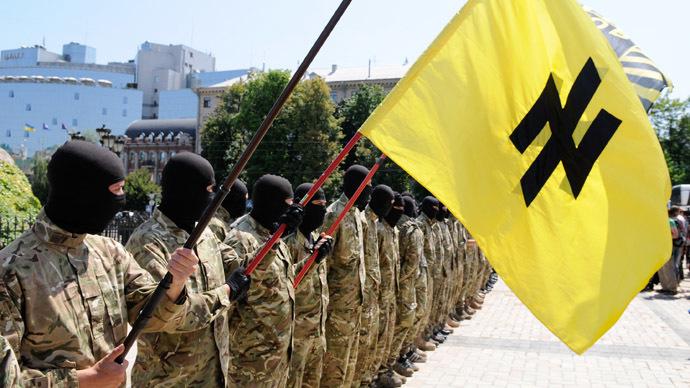 Azov battalion soldiers take an oath of allegiance to Ukraine in Kiev's Sophia Square before being sent to the Donbass region. (RIA Novosti/Alexandr Maksimenko)